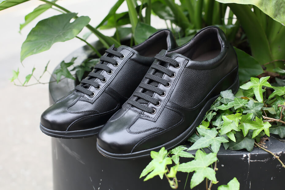 Black cowhide leather business casual elevator shoes