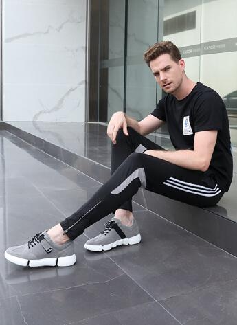 หนังสีเทาเพิ่มความสูงรองเท้าลำลองผู้ชาย 6 ซม