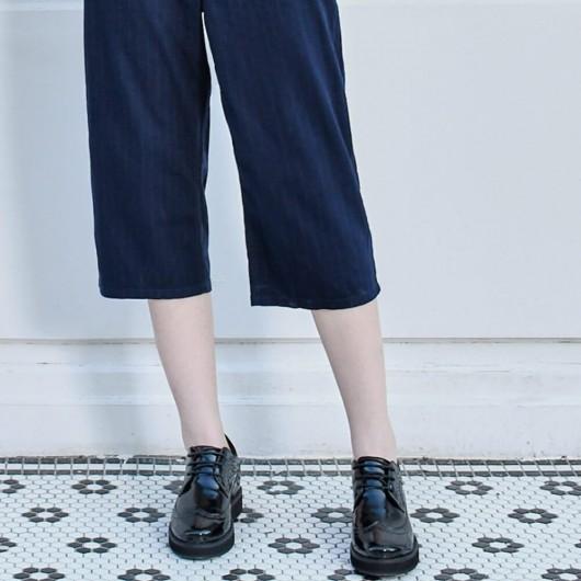 CHAMARIPA ลิฟท์ฟอร์ดสำหรับผู้หญิงรองเท้าส้นซ่อนผู้หญิงหนังสิทธิบัตรสีดำ 7 เซนติเมตร
