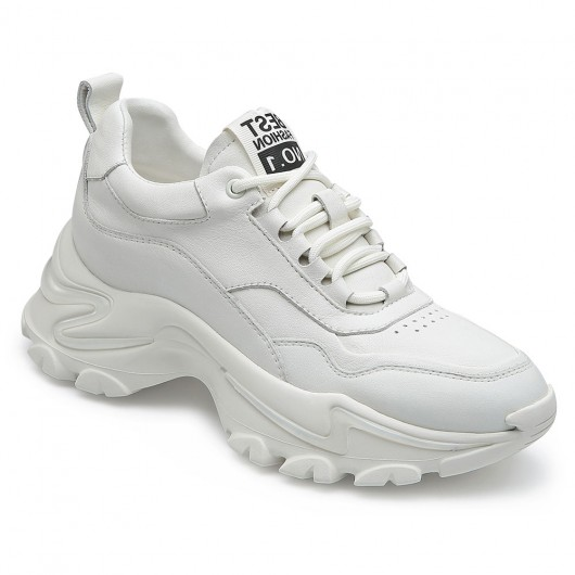 CHAMARIPA รองเท้าส้นหนาสำหรับผู้หญิงความสูงเพิ่มรองเท้าลิฟท์รองเท้าผ้าใบหนังสีขาวสูง 7 ซม