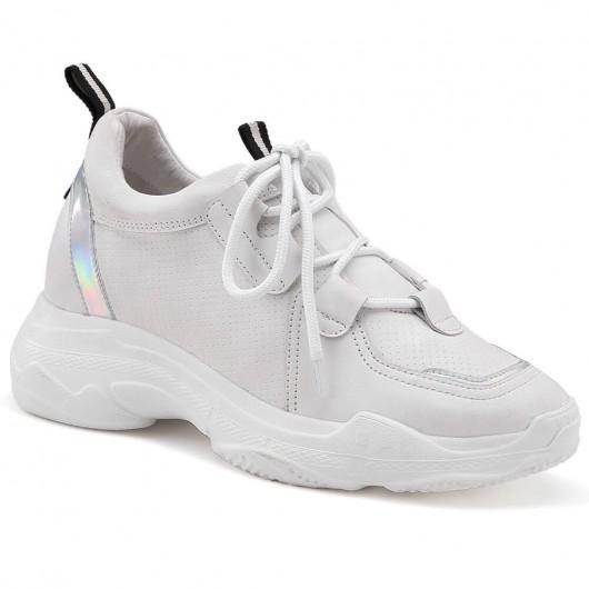 รองเท้าผ้าใบส้นเตี้ยซ่อนส้นรองเท้าสตรีหนังสีขาว 8 ซม