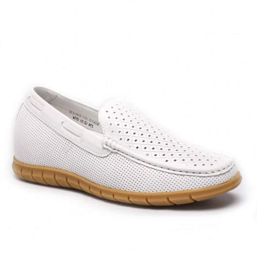 รองเท้าแตะลำลองที่เพิ่มความสูงสีขาวที่ทำให้คุณดูดีขึ้น 2.56 นิ้ว