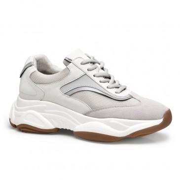 Chamaripa รองเท้าลิฟท์แบบสบาย ๆ สำหรับผู้หญิงรองเท้าผ้าใบผู้หญิง apricot ที่เพิ่มความสูง 8 ซม. /3.15 นิ้ว