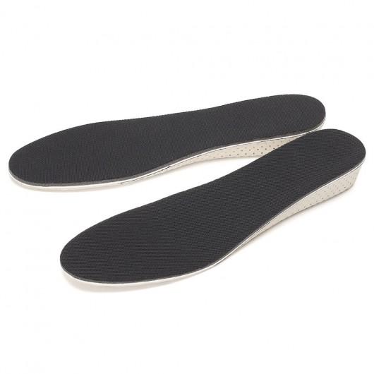 CHAMARIPAは高さのインソールを追加し、インソールの靴のインサートを高くすることで2.5 CM高くします