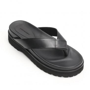 Sandálias com elevador de couro preto Chamaripa sandálias de salto alto conforto flip-flop 6 CM